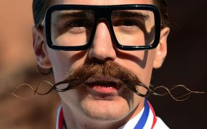 hipster-tash